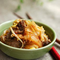 牛肉炒辣白菜的做法[图]