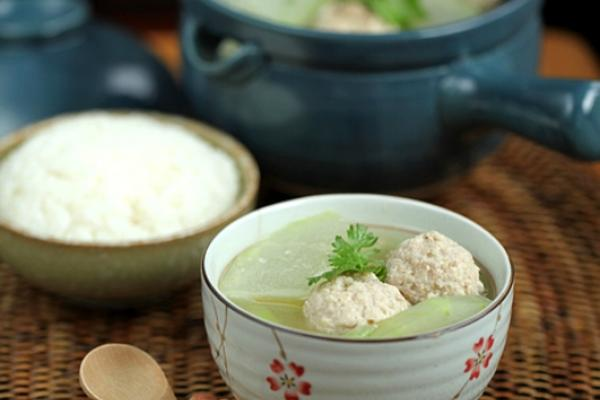 冬瓜汆丸子汤