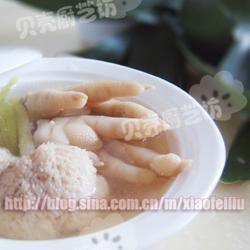 猴头菇煲鸡爪的做法[图]