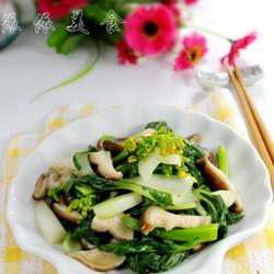 鲜菇炒白菜心的做法[图]