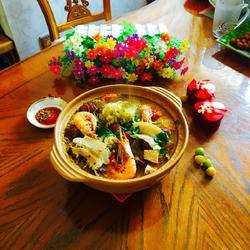 沙锅炖酸菜血肠