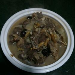 山羊肉炖六味