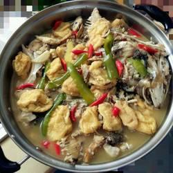 豆泡煮鳙鱼
