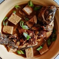 冻豆腐炖罗非鱼