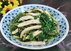 豆腐干丝炒野芹