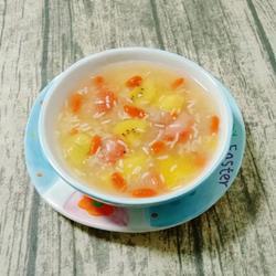 银耳酒酿水果羹的做法[图]